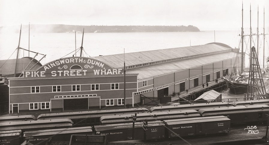 Historic photo of Pier 59
